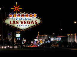 How do I get the best hotel deals in Vegas?